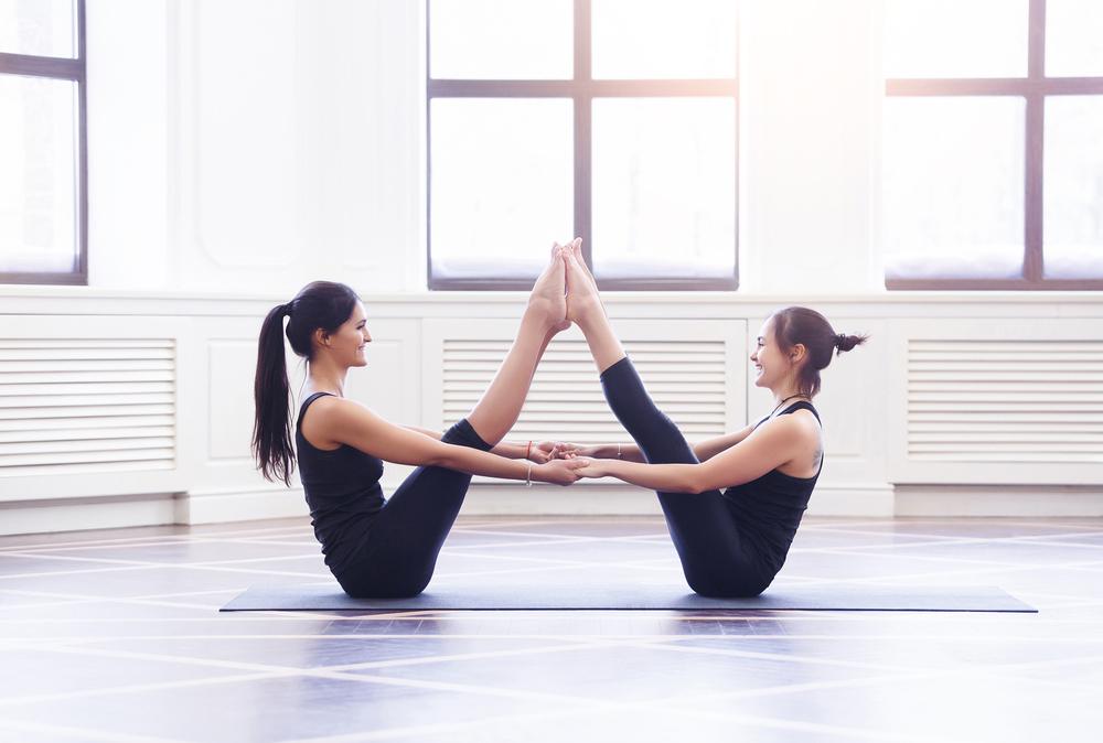 Картинки для йога челленджа на двоих, зубки очень