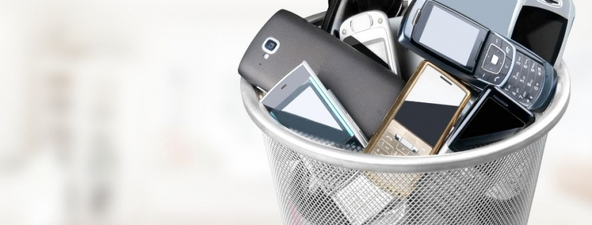 Items You Need To Stop Throwing in the Garbage